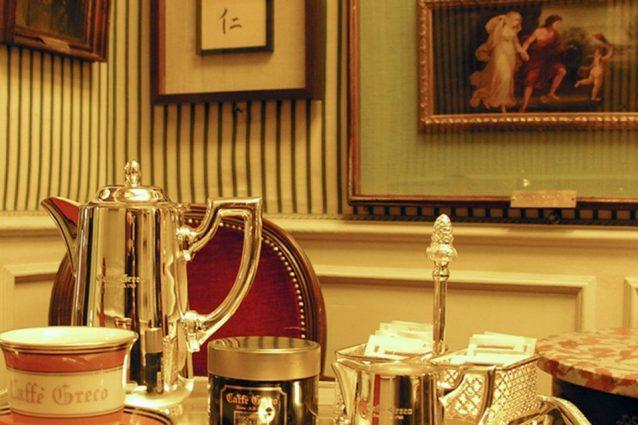 bar più strani e belli del mondo antico caffè greco Roma