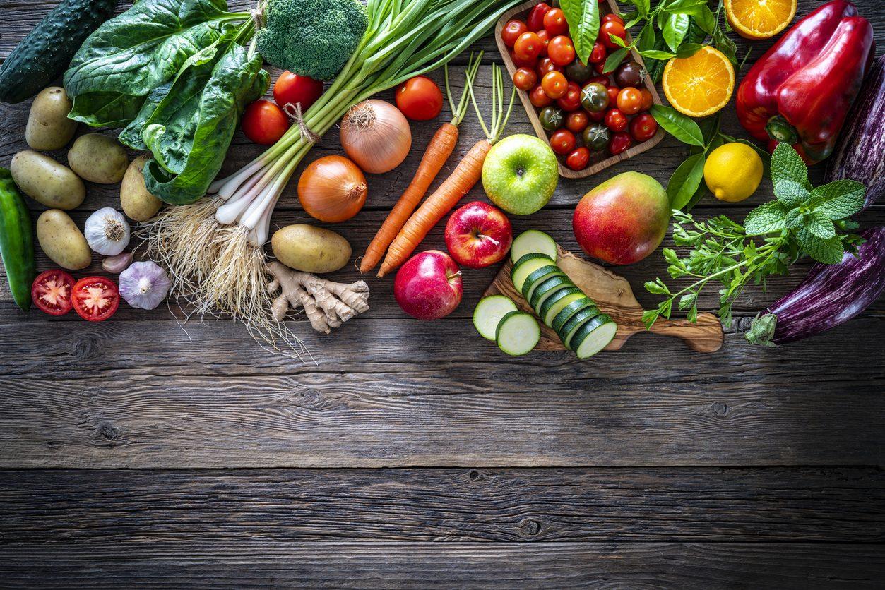 I cibi dell'estate: gli alimenti con meno calorie e più ricchi di acqua