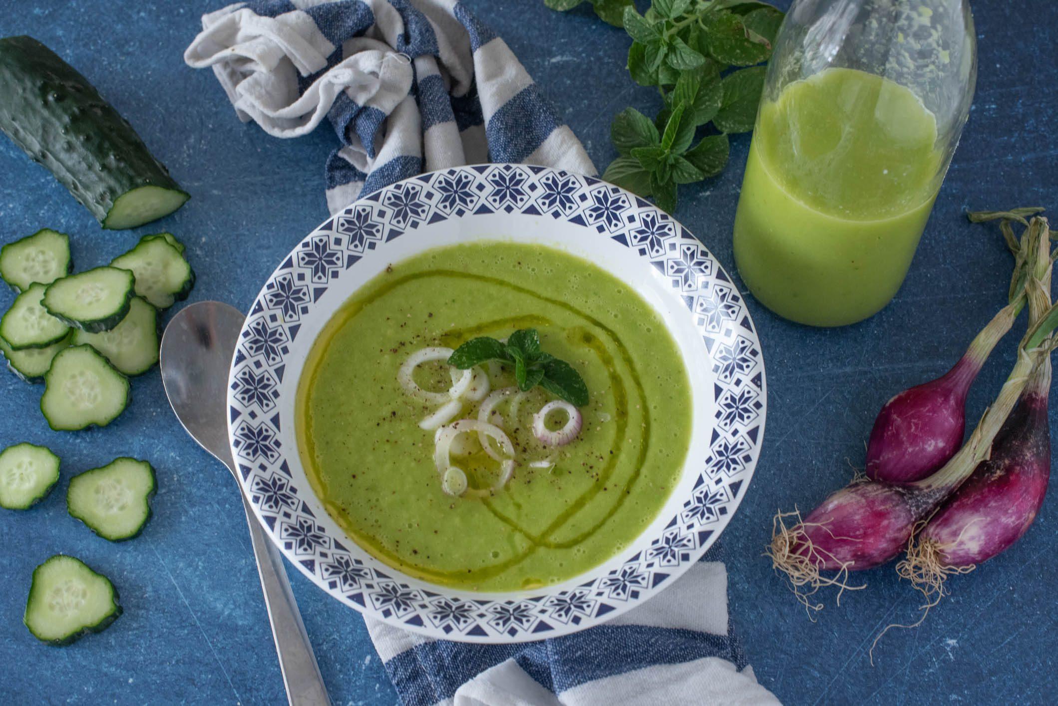 Gazpacho di cetrioli: la ricetta della zuppa fresca e super light