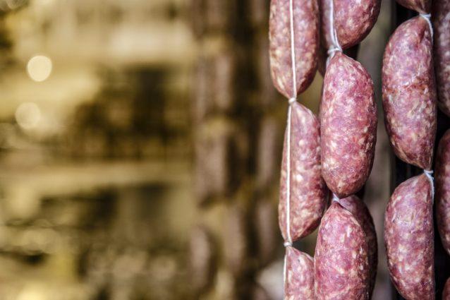 piatti prodotti tipici Gaeta riviera Ulisse salsicce