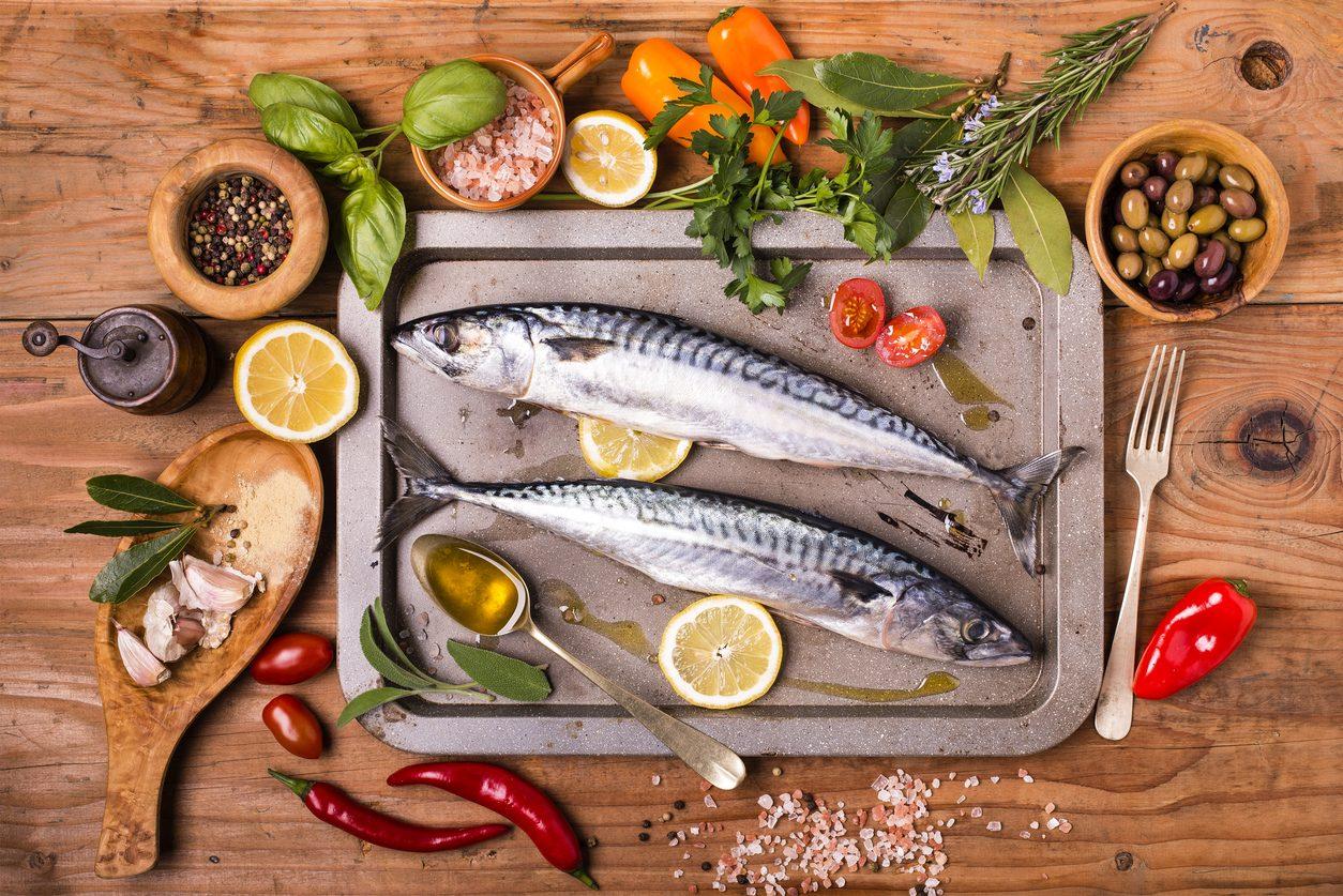 Sgombro: proprietà, benefici e usi in cucina
