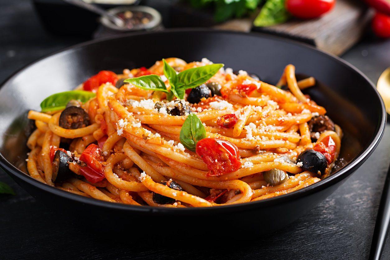 Pasta alla cucunciata: la ricetta del primo piatto siciliano tipico delle Eolie