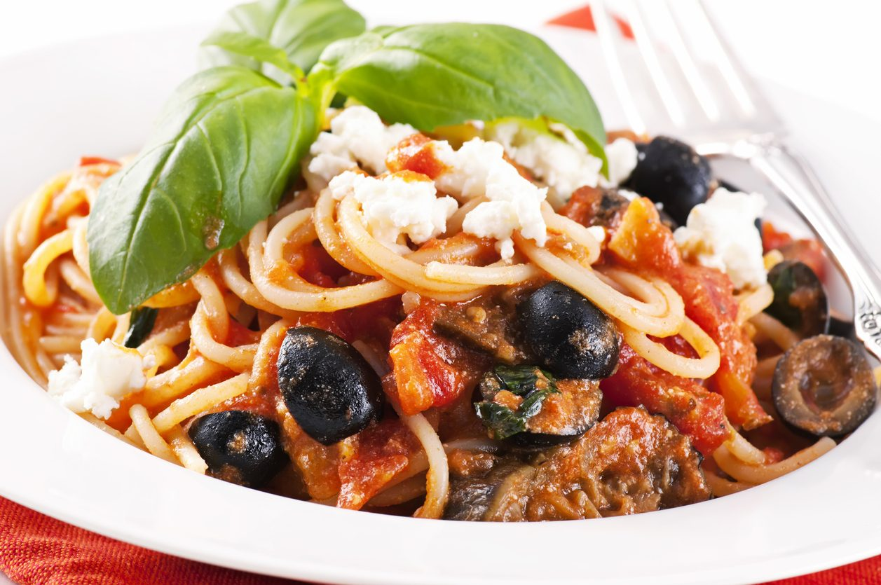 Pasta alla siracusana: la ricetta del primo piatto siciliano ricco e profumato