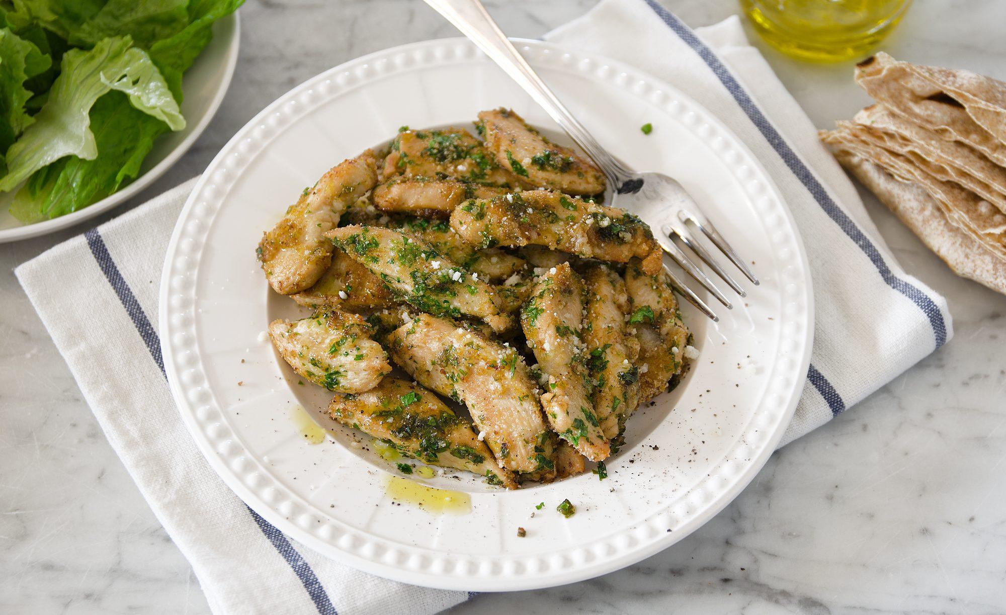 Pollo al verde: la ricetta del secondo piatto goloso, veloce e originale