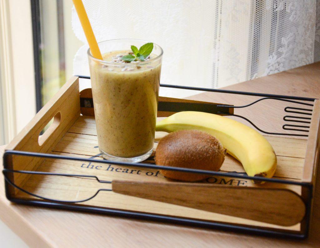 Smoothie_kiwi_e_banane1