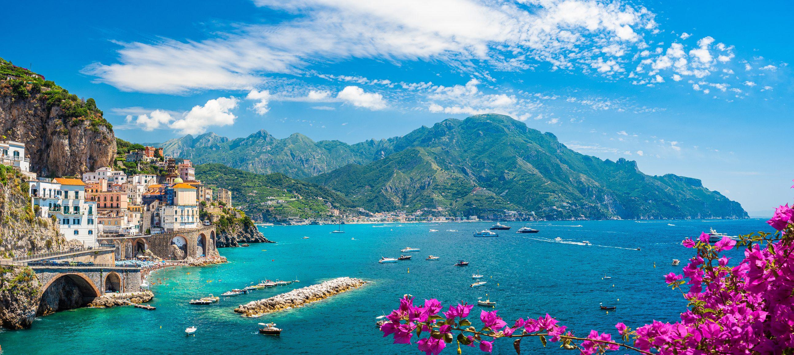 Un viaggio in Costiera Amalfitana tra piatti tipici unici e paesaggi mozzafiato