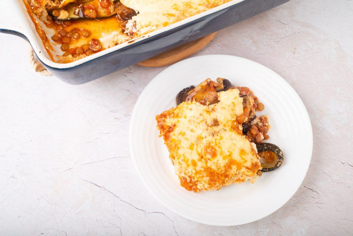 Moussaka vegetariana: la variante senza carne e golosa del tipico piatto greco