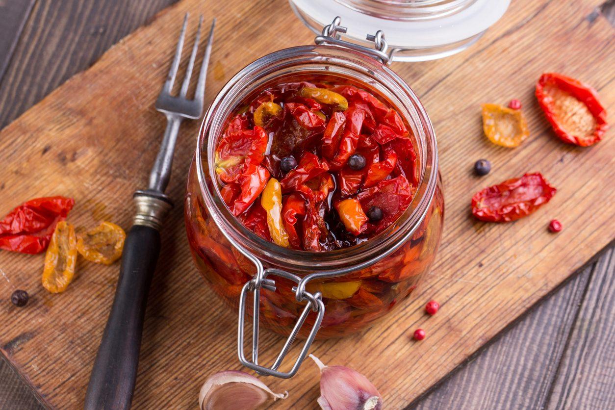 Pomodori secchi: consigli ed errori da evitare per realizzarli alla perfezione