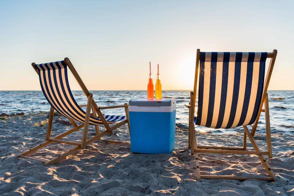 Tenere in fresco cibo e bevande al mare: 5 consigli da seguire