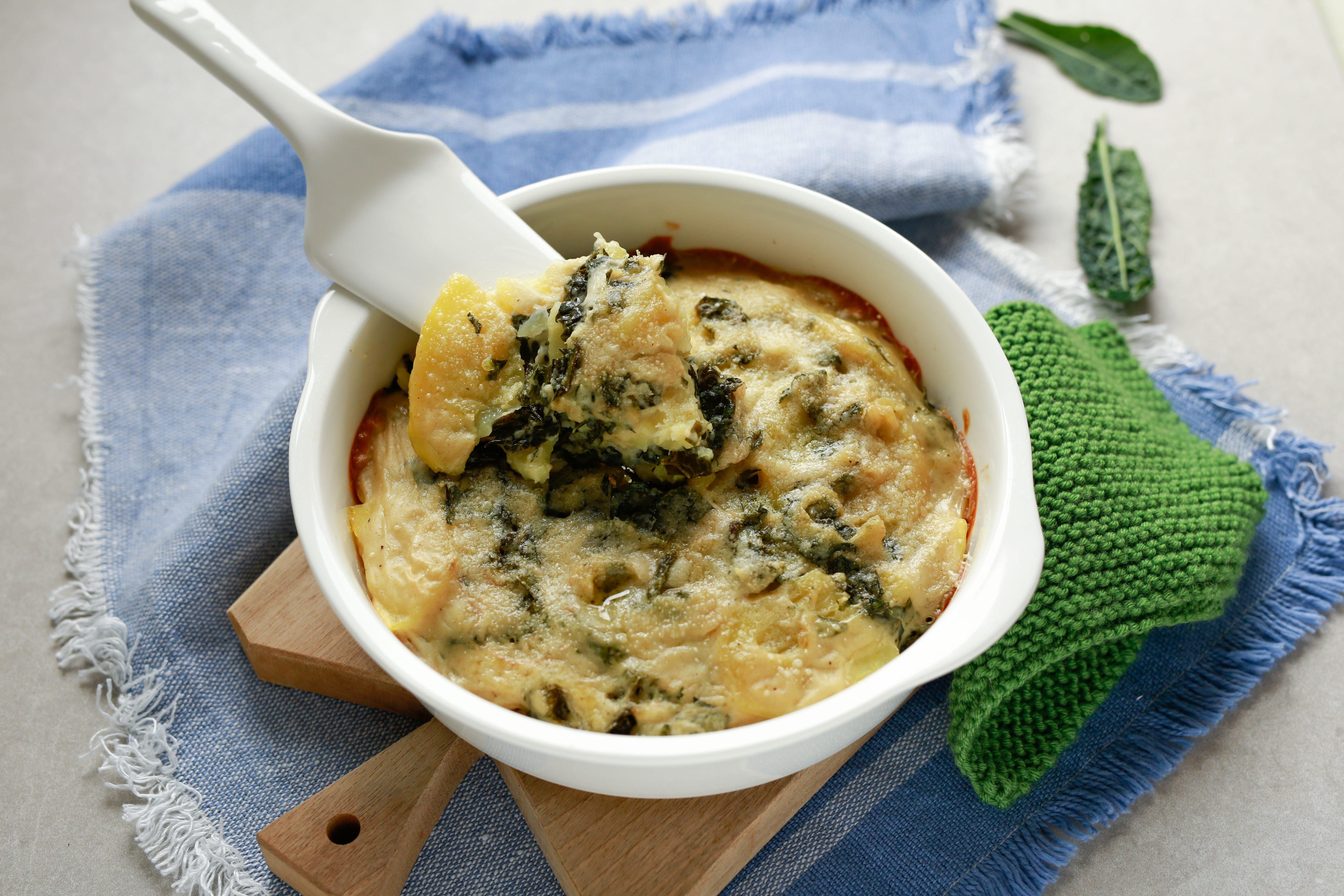 Pasticcio di patate e cavolo nero: la ricetta del piatto gustoso e nutriente