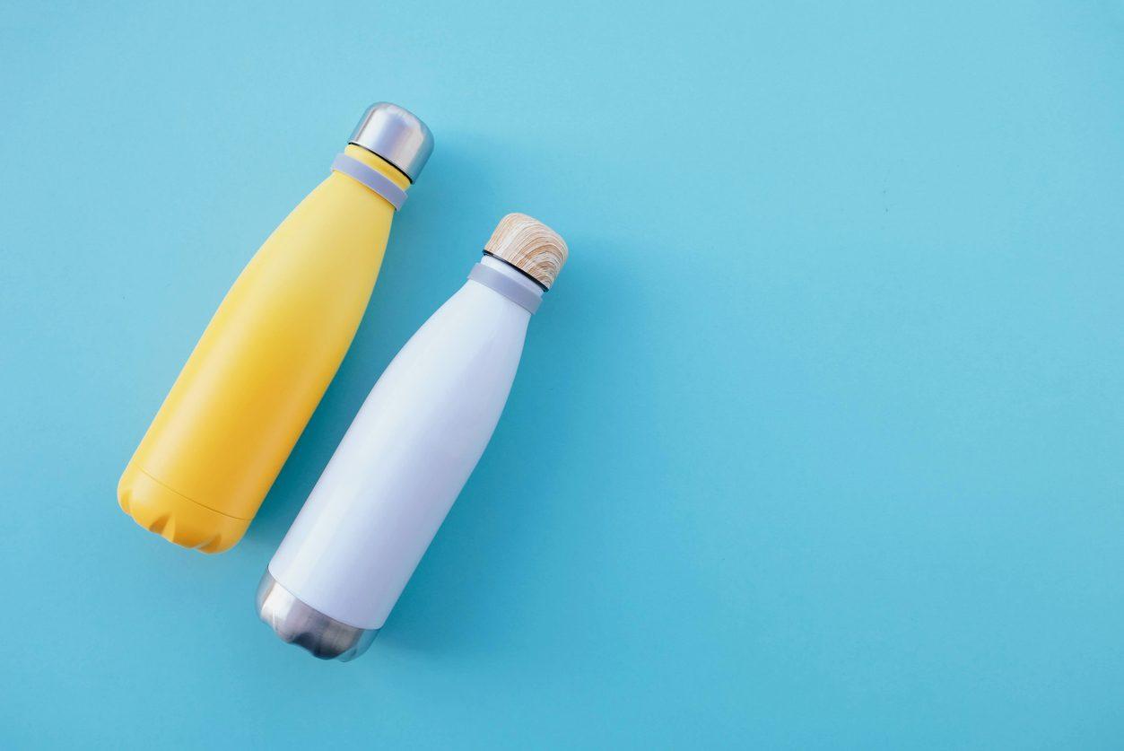 Pulire la borraccia dell'acqua: quante volte e come farlo in modo corretto