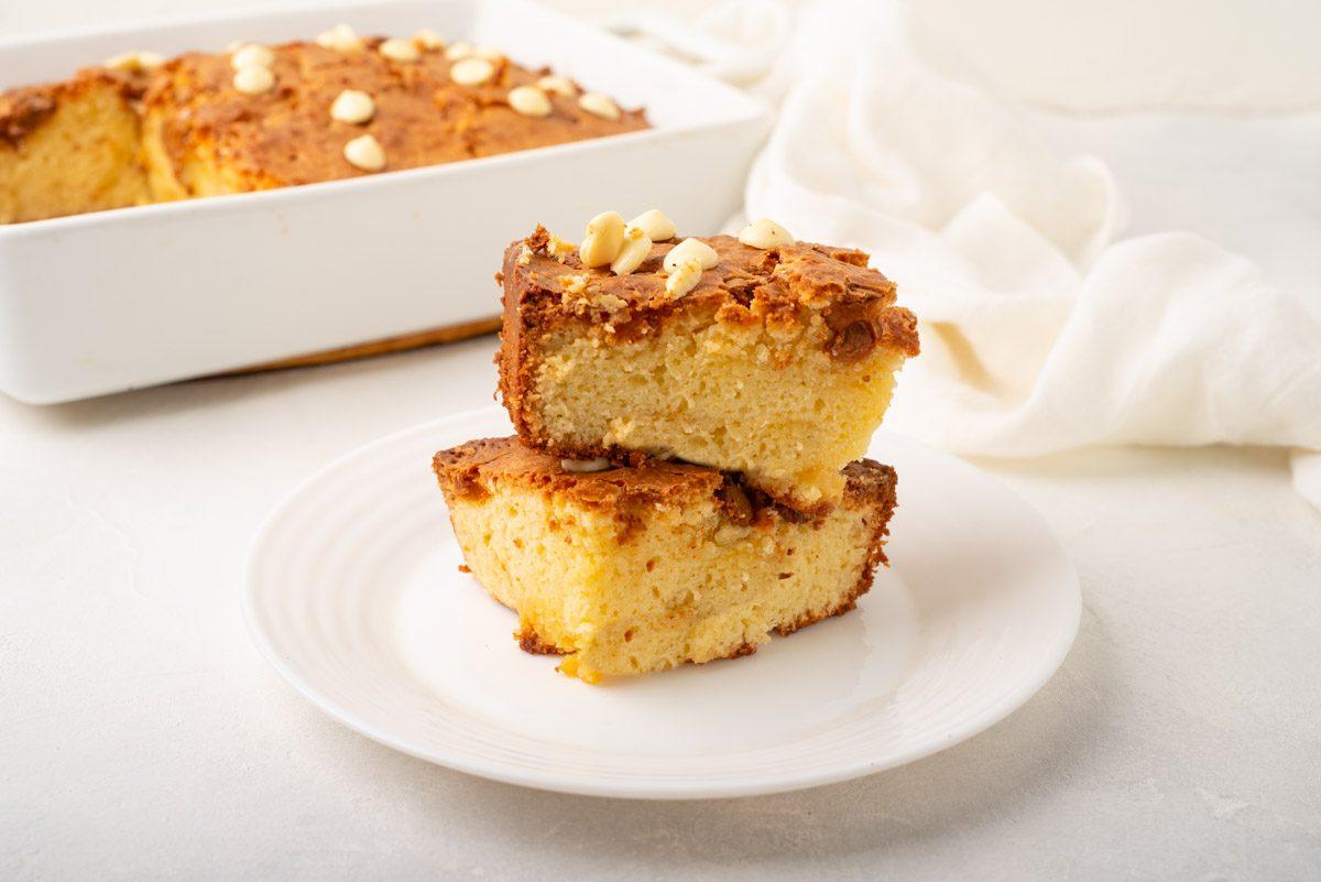 Brownies al cioccolato bianco: la ricetta dei dolcetti golosi e semplici da realizzare