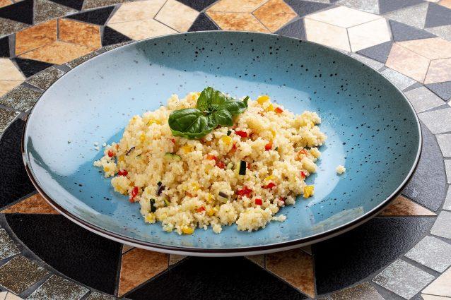piatto di cous cous alle verdure