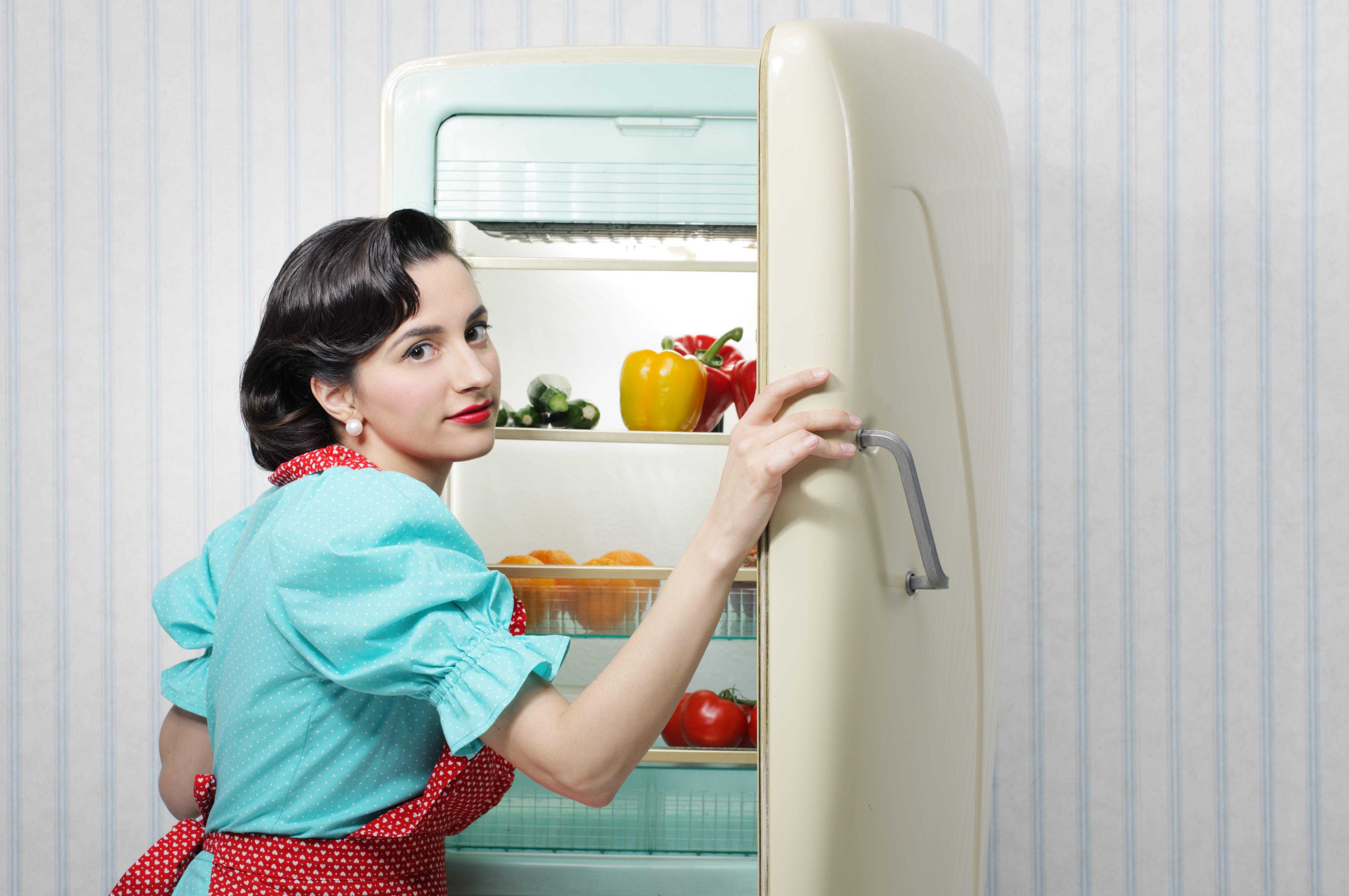 Frigorifero, cookies e birra: le invenzioni in cucina delle donne