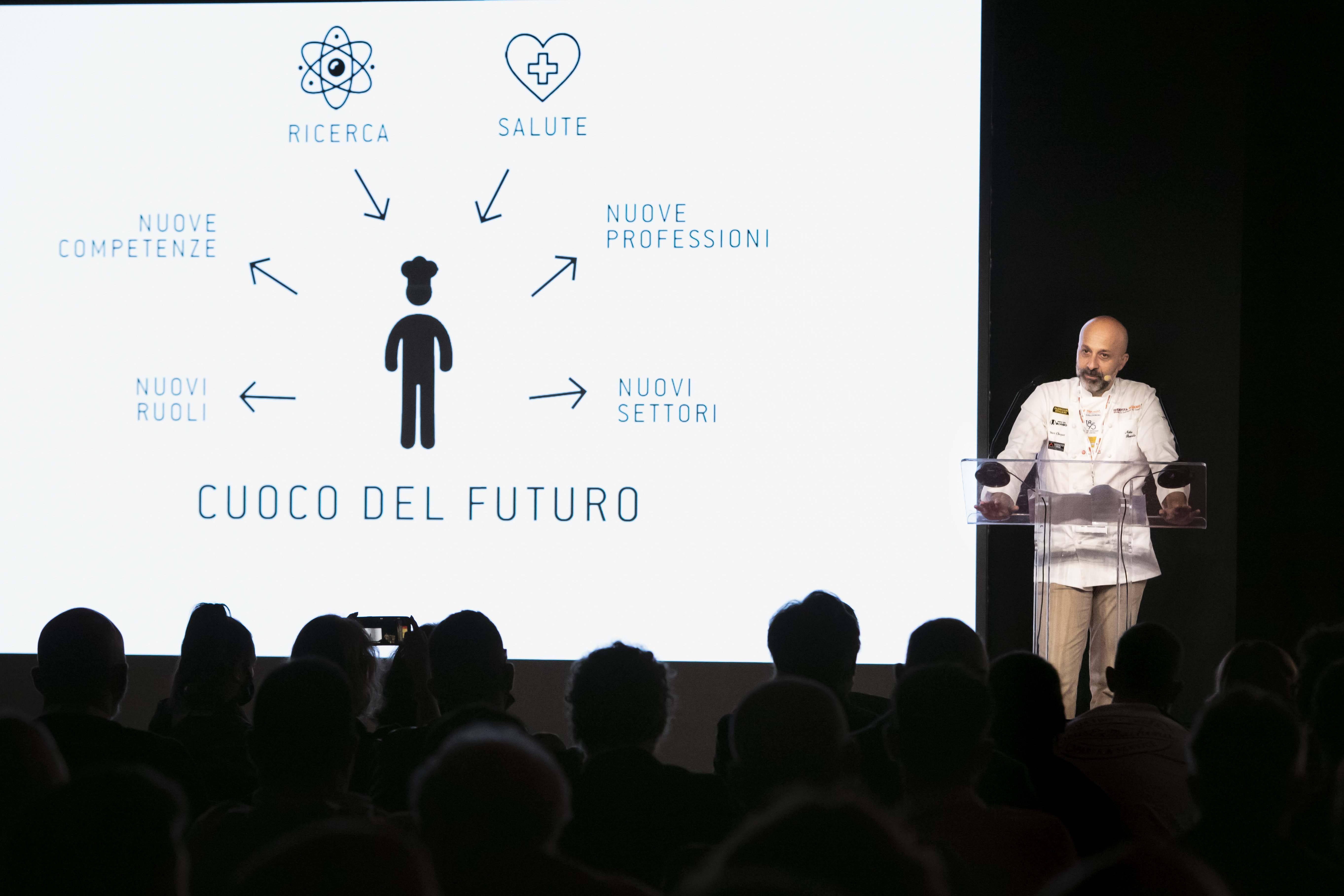 """Identità Golose 2021. Il """"nuovo futuro"""" della ristorazione si costruisce sul lavoro"""