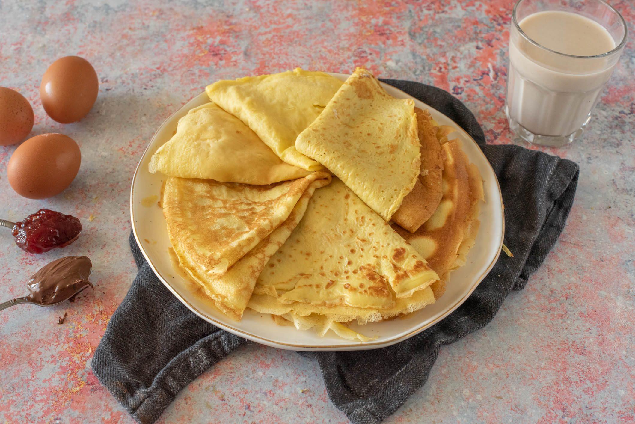 Crêpes dolci e salate: la ricetta base dell'impasto