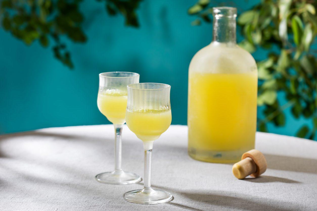 Liquore al bergamotto: la ricetta del digestivo calabrese delizioso e aromatico