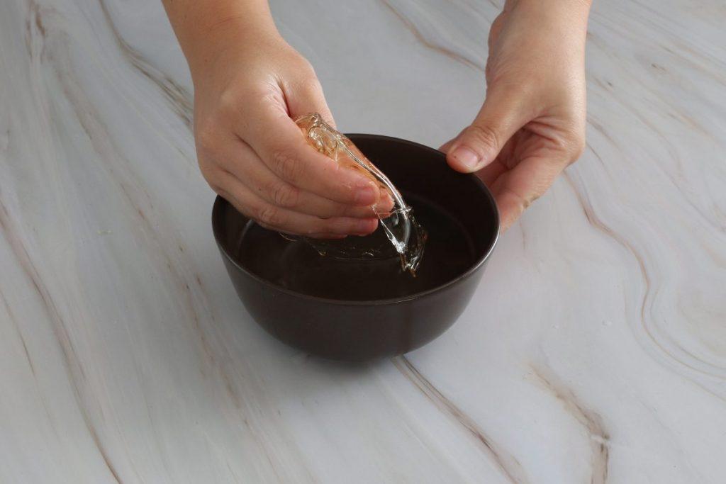 strizzare la gelatina