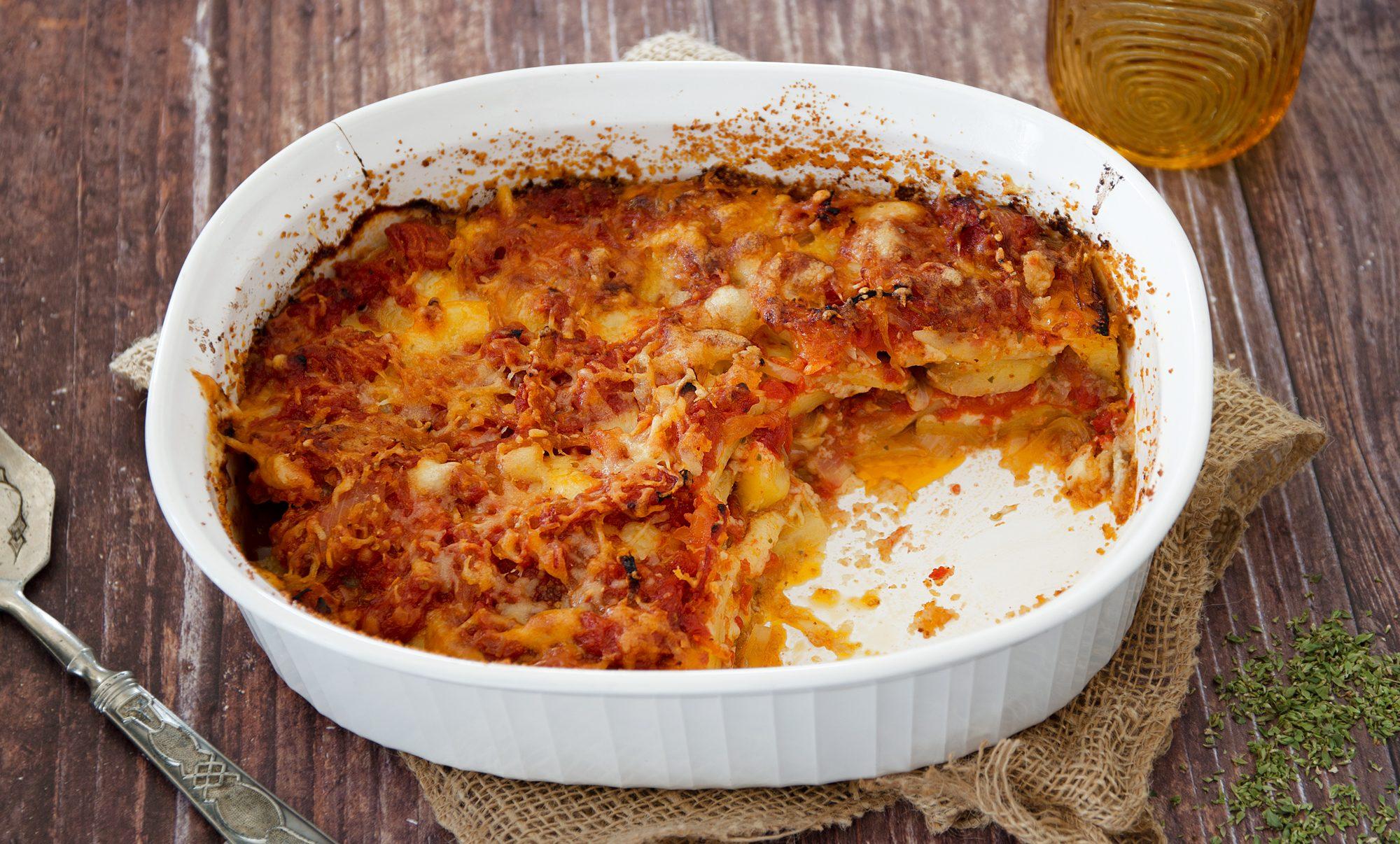 Patate a sfincione: la ricetta del saporito piatto palermitano