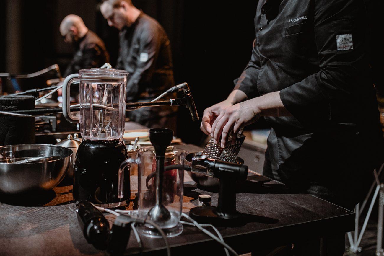 """Food Ensemble: la """"band"""" che suona la cena mentre la mangiate"""