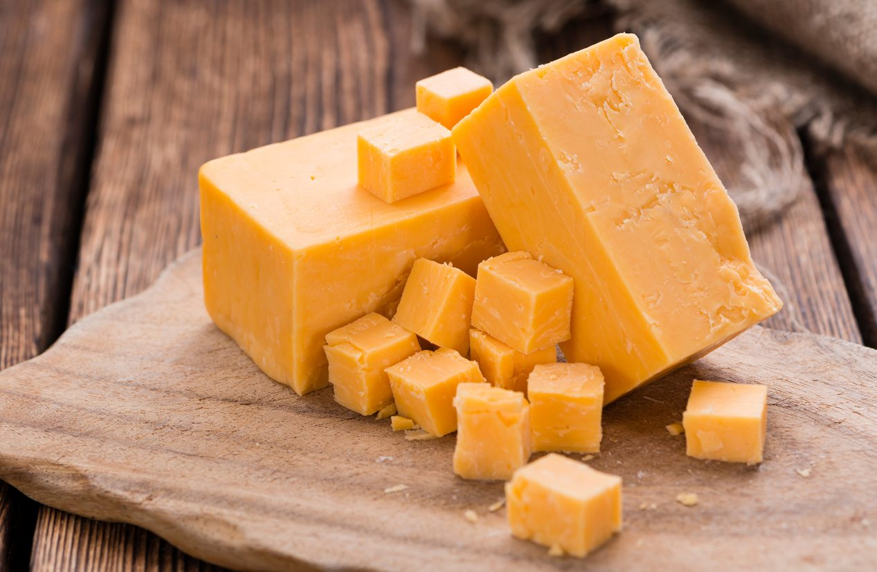 Cheddar, il formaggio più amato d'America: curiosità e falsi miti