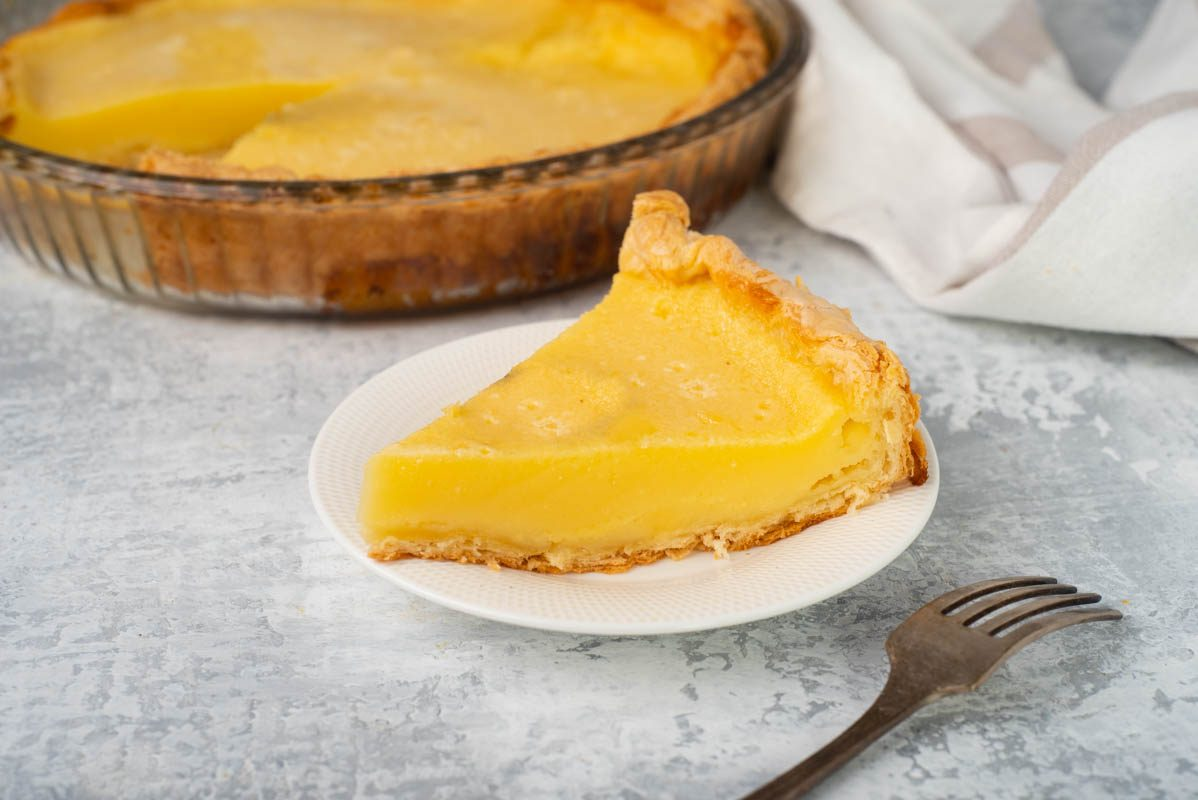 Torta al latticello: la ricetta del dolce americano fresco e soffice